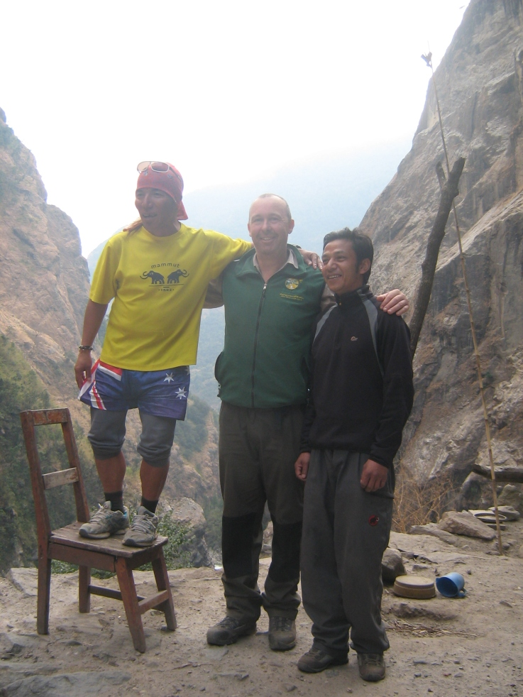 Nepal staff members of Himalayan Guiding Institute with Brad Clarke, Annapurna Circuit, Manang District