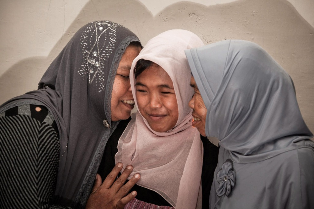 Indonesia Tsunami victim reunited with family