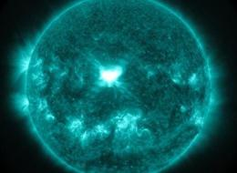 n-SOLAR-STORMS-large