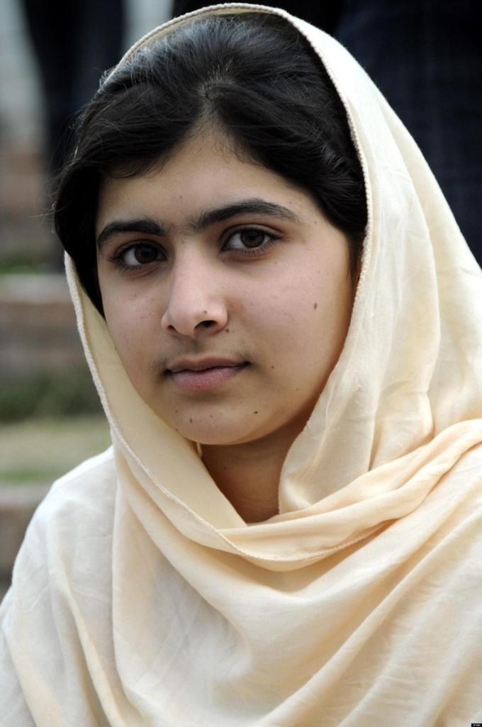 PAKISTAN: BAMBINA PACIFISTA GRAVEMENTE FERITA NEL NORD-OVEST